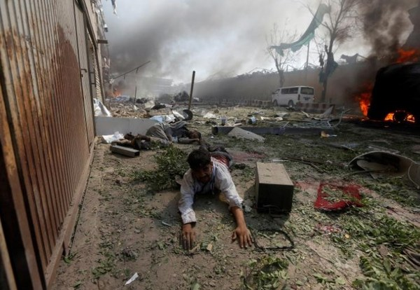 アフガン自爆テロ1.jpg
