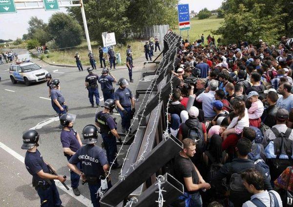 イギリス難民2.jpg