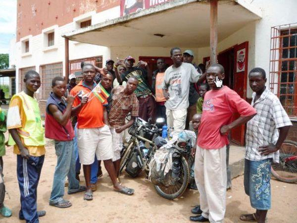 ジンバブエの人達.jpg