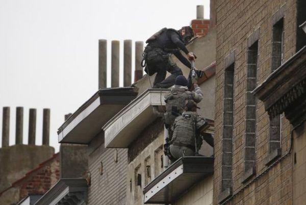 パリ同時多発テロ1.jpg
