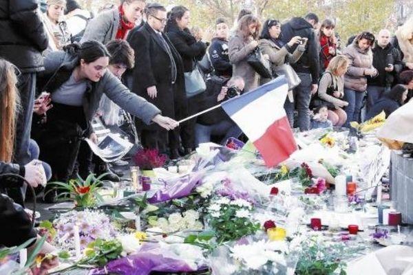 パリ同時多発テロ3.jpg