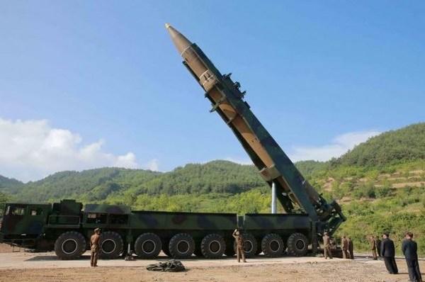 北朝鮮ICBM実験2.jpg
