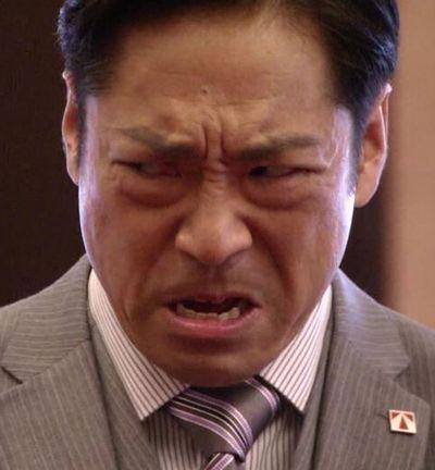 大和田常務横睨み.jpg