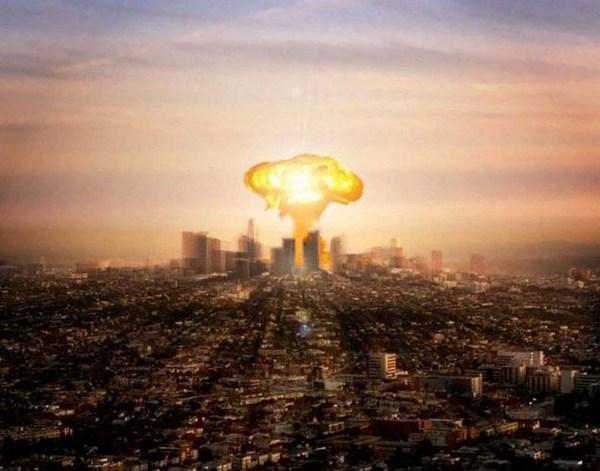 核ミサイルが東京に落ちる.jpg