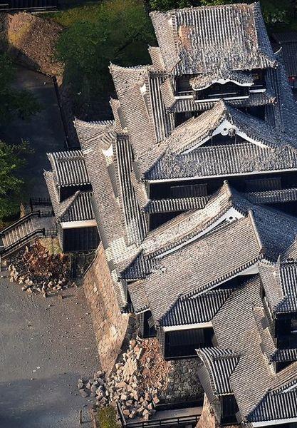 熊本城、地震被害.jpg