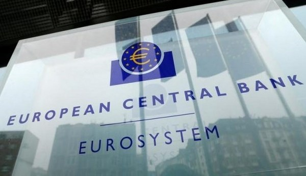 ECB政策変更.jpg